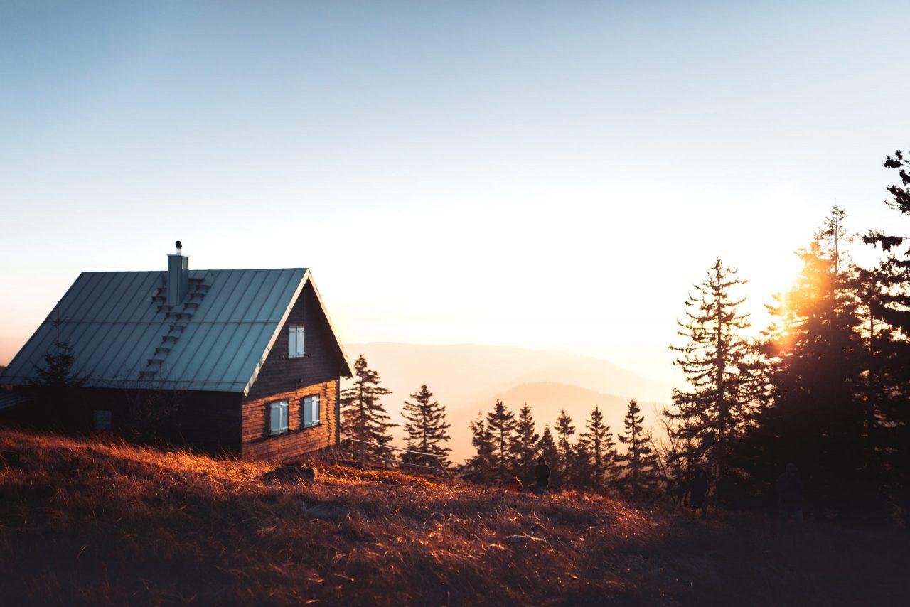 山の上の小屋